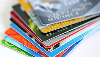 Кабмин хочет предоставить работникам право выбора зарплатного банка