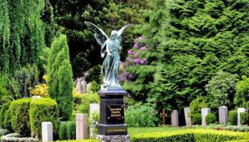 Законопроект о частных кладбищах в России подготовил Минстрой