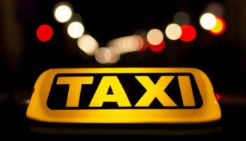 Иностранных агрегаторов такси хотят изгнать из России