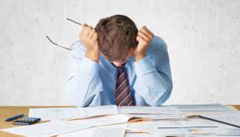 Заемщикам позволят выкупать со скидкой свои кредитные долги