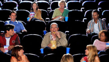 У кинозрителей хотят отобрать еду