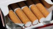 Кроме максимальной, в РФ хотят установить и единую минимальную стоимость сигарет