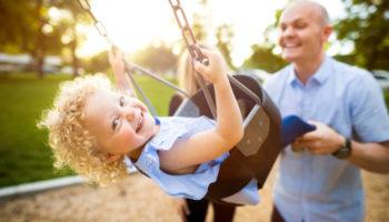 Закон о досрочной пенсии для многодетных отцов пока отозвали
