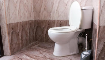 В России хотят запретить отключение должников за «коммуналку»