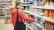 Правительство разрешило продавать 23 вида товаров первой необходимости