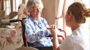 Возрастным пенсионерам от 75-ти лет отказали в повышенной пенсии