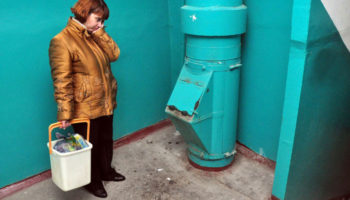 Многоэтажки в новостройках хотят лишить мусоропроводов