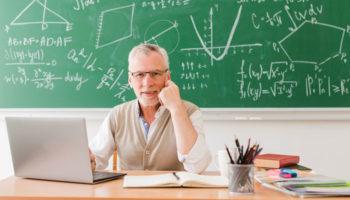В России для учителей могут вернуть некоторые советские нормы труда