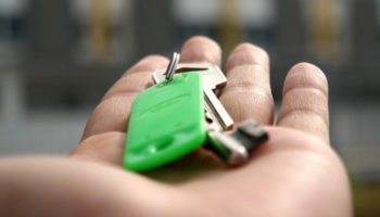 Для семей с приемными детьми ипотека может стать дешевле