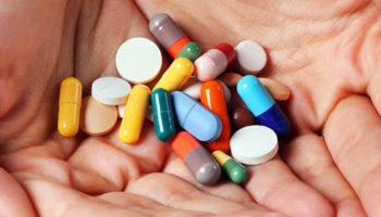 На лекарства льготникам прибавили из бюджета по 25 рублей в месяц