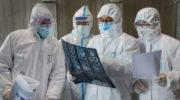Медикам в ковидных зонах будут платить по-новому