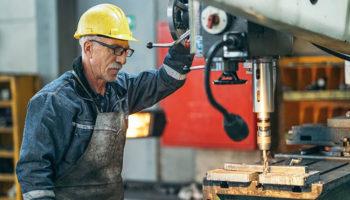 Борьба за индексацию выплат работающим пенсионерам пошла на новый виток