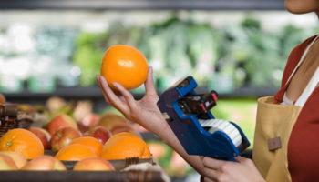 Остановить цены на продукты теперь пытаются и налоговики