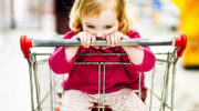 Восстановлен прежний порядок продления выплат на детей до трех лет